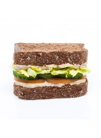 American sandwich with Baba Ganoush, cucumber and tomato