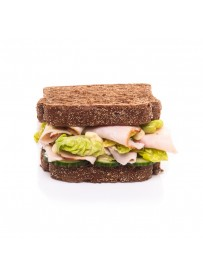 American sandwich smoked chicken with curry dip and lettuce (halal)